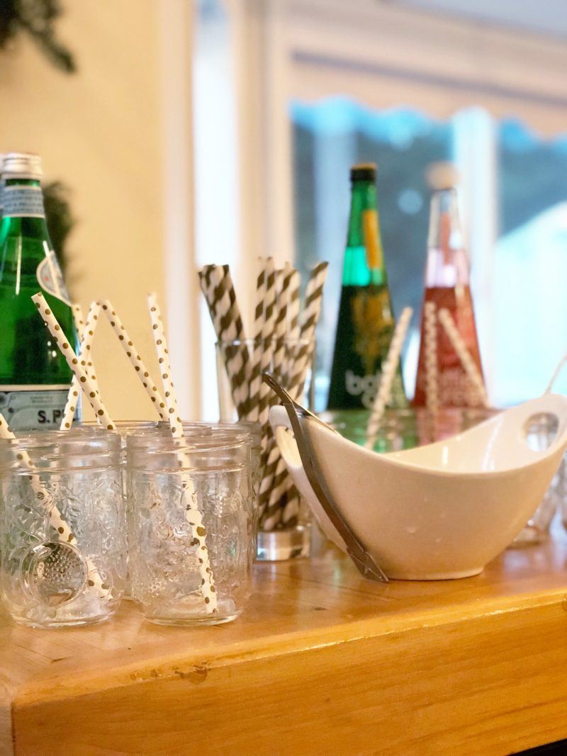how to host a favourite things party