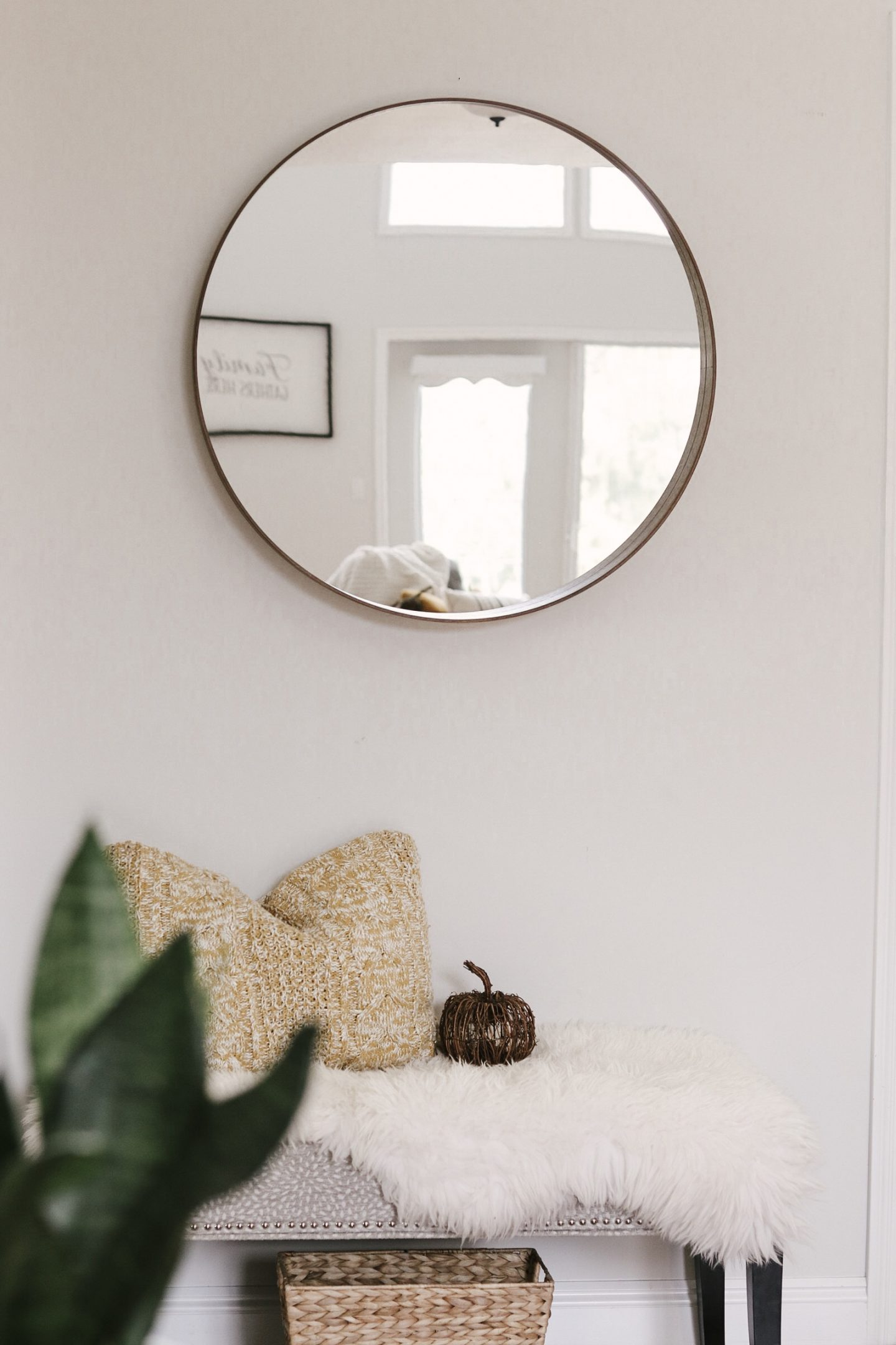 Fall Home Tour – Simple Ways to bring Fall into your Home