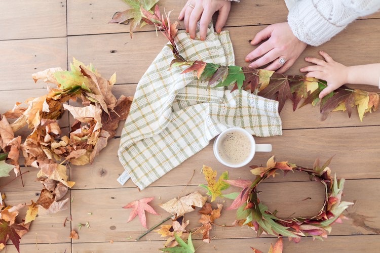 DIY Leaf Crowns – A Fun Fall Activity for the Kids