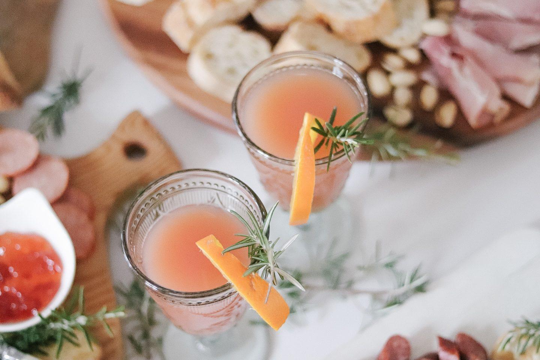 Simple Holiday Mocktail