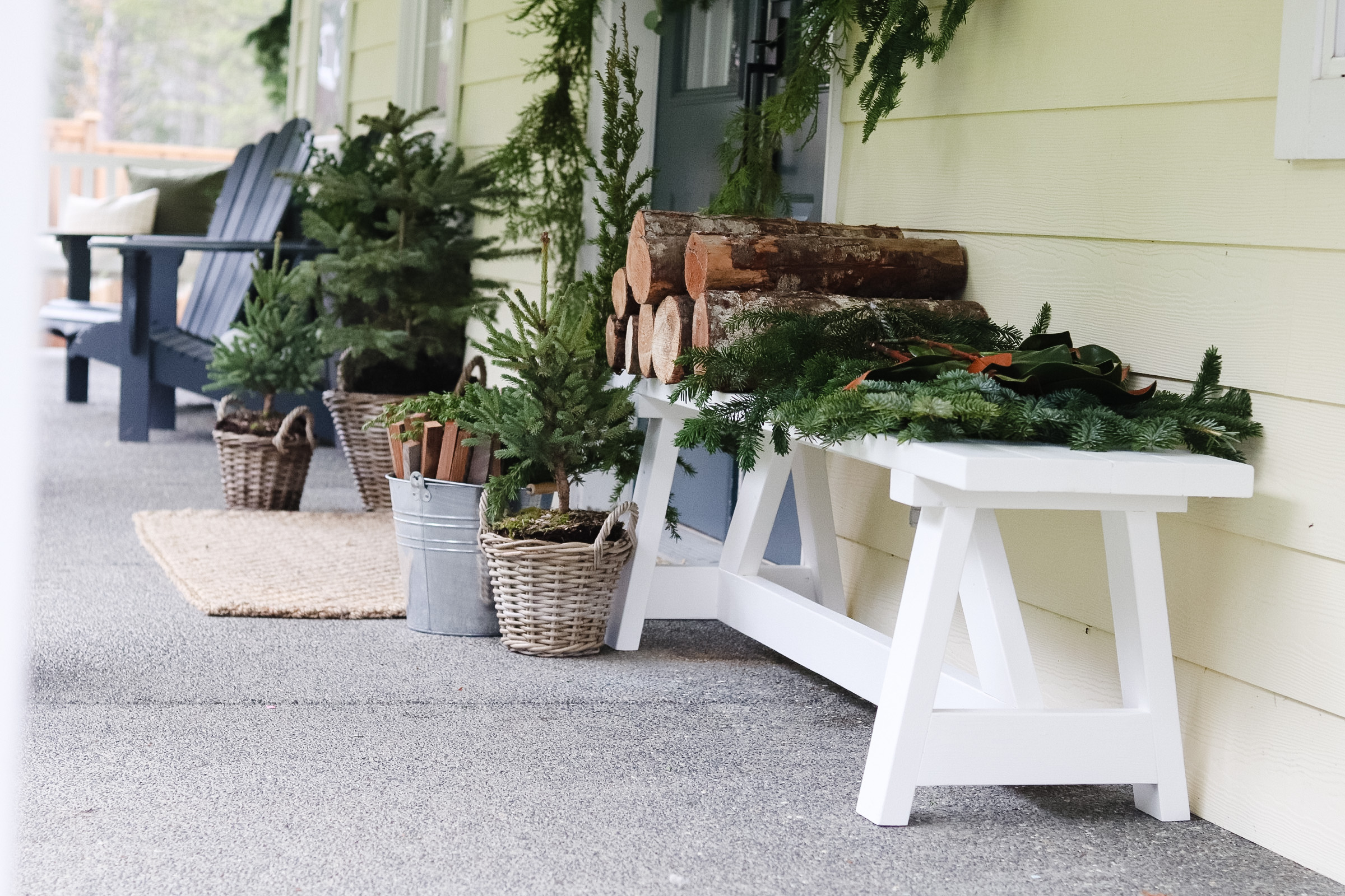 Outdoor Minimal Christmas Decor with Scandinavian touches